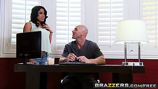 Brazzers - Dirty Masseur - Getting Loose in the Blue Room scene starring Luna Star and Johnny Sins