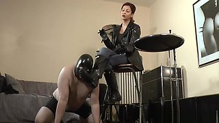 HUNTER BOOTS WORSHIP MISTRESS